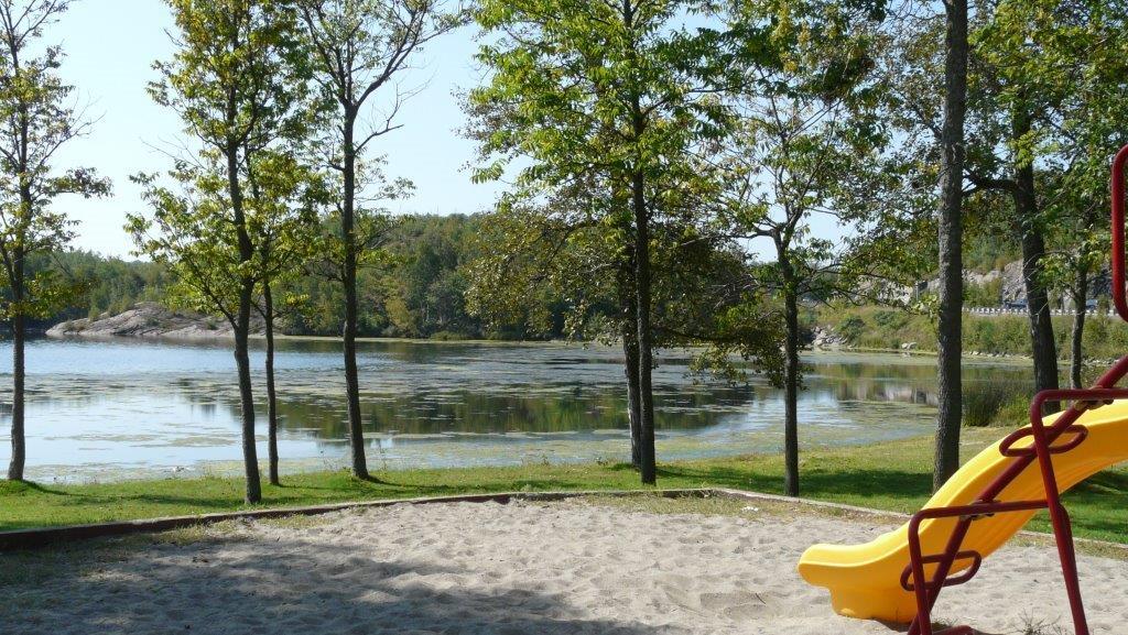 Simon Lake - Park